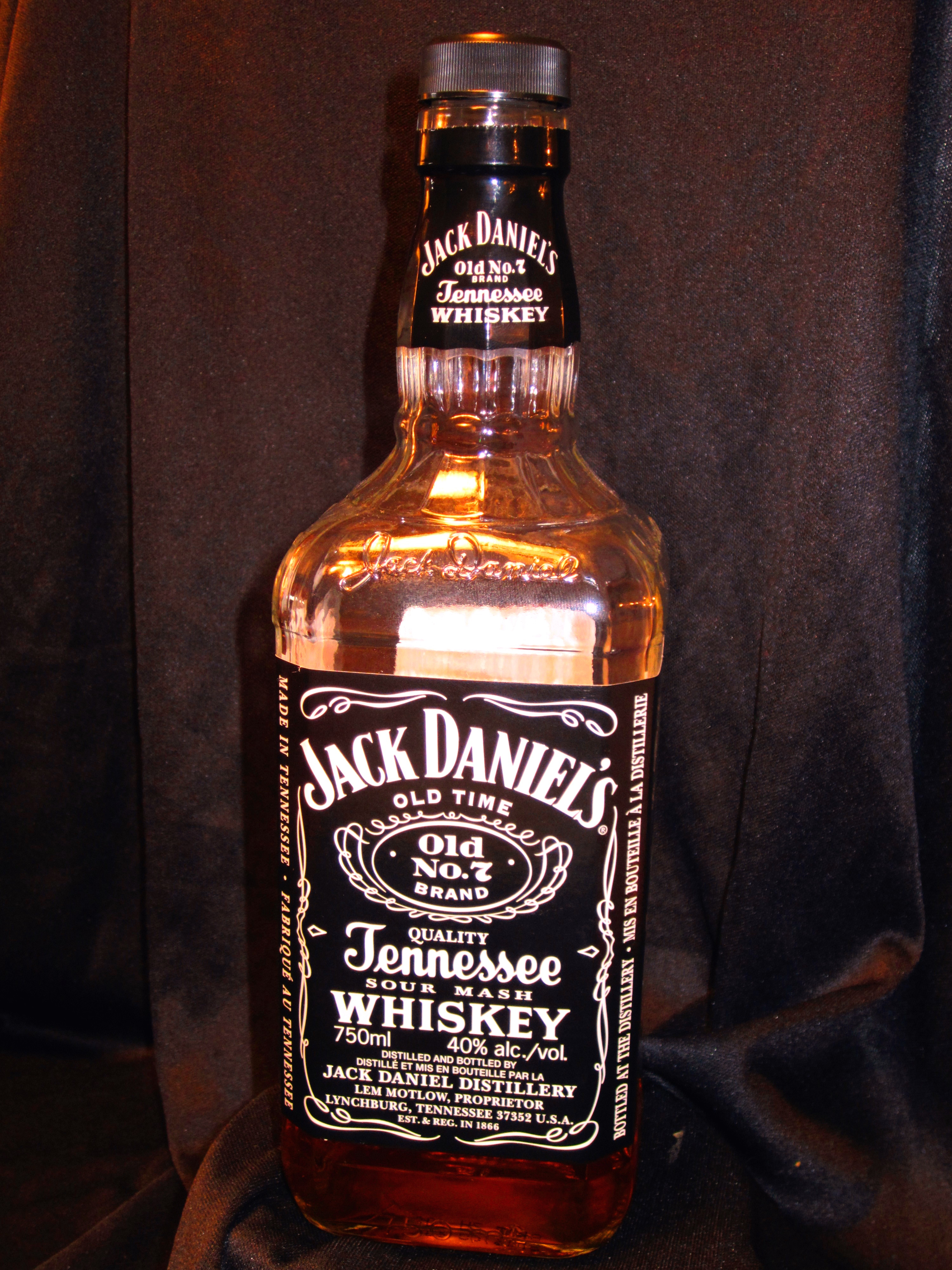 Jack daniel s old no 7 22 freaky whisky for Photos jack daniels